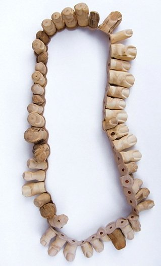 Daniela Hedman- necklace toes 2010 - wool leather copper nails